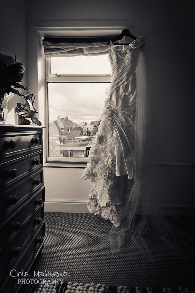 Sandhole Oak Barn Wedding Photography (2)