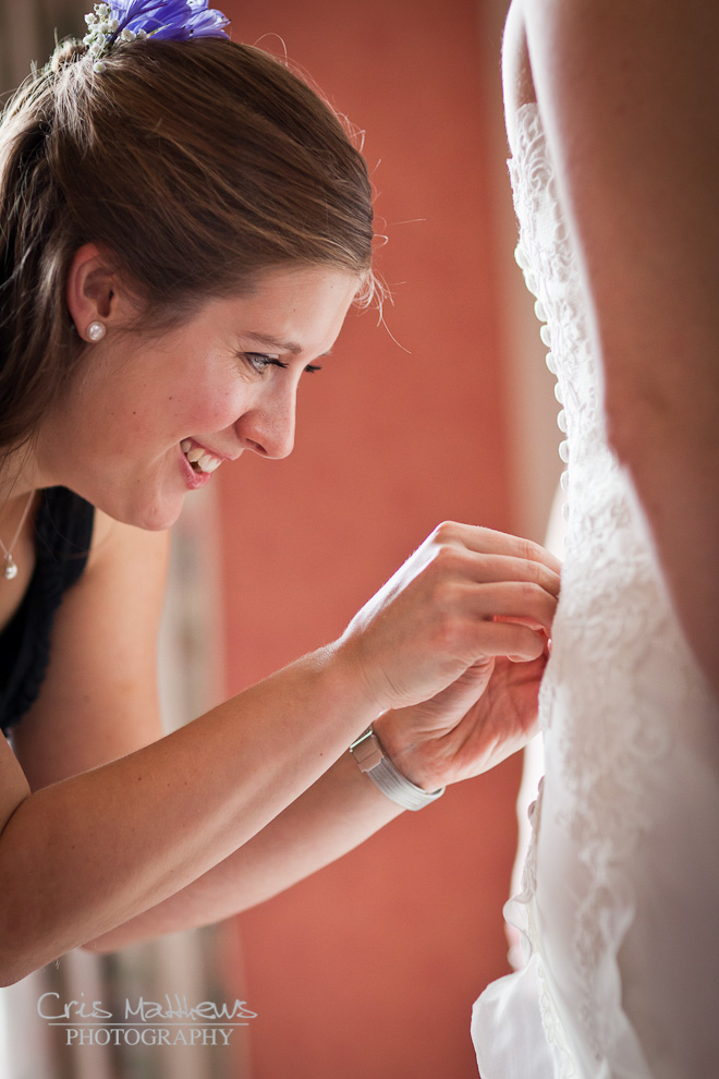 Cartmel Priory & Racecourse Wedding Photography (1)