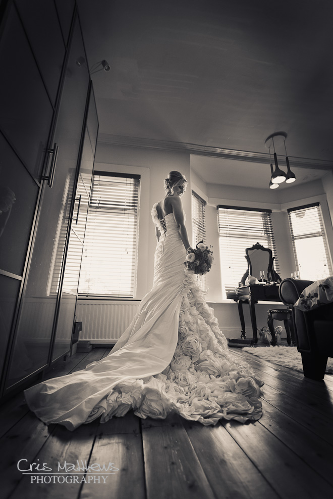 Sandhole Oak Barn Wedding Photography (7)