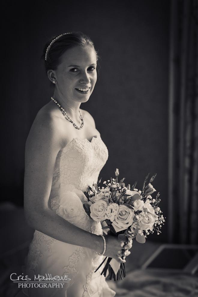 Cartmel Priory & Racecourse Wedding Photography (2)