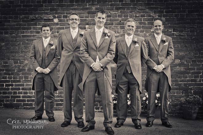 Sandhole Oak Barn Wedding Photography (9)