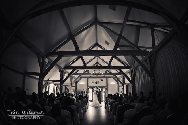 Sandhole Oak Barn Wedding Photography (12)