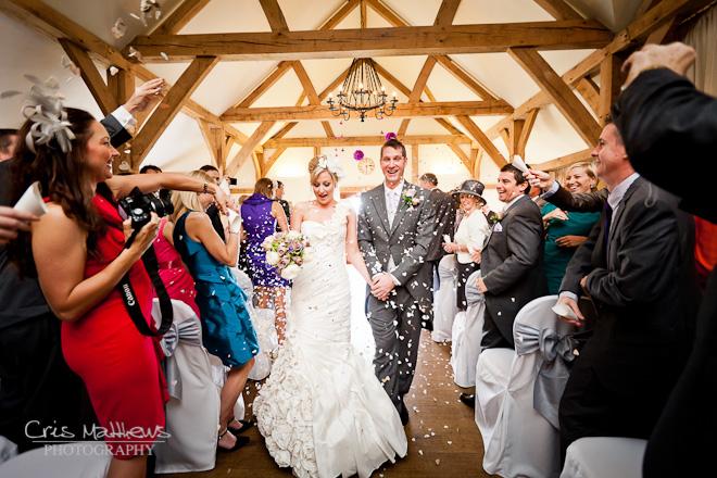 Sandhole Oak Barn Wedding Photography (15)