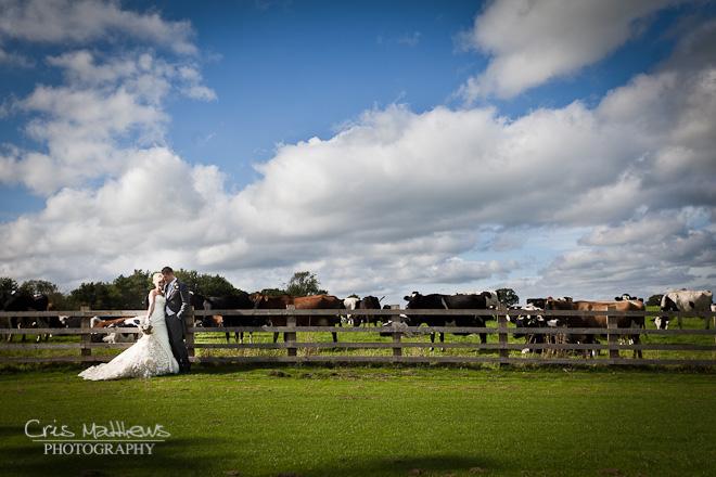 Sandhole Oak Barn Wedding Photography (20)