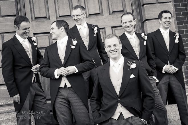 Kingston Bagpuize House Wedding Photography (17)