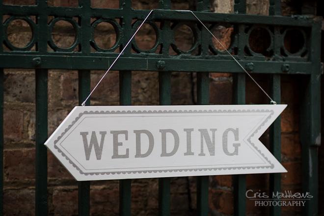 Merchant Adventurers' Hall Wedding Photography (9)