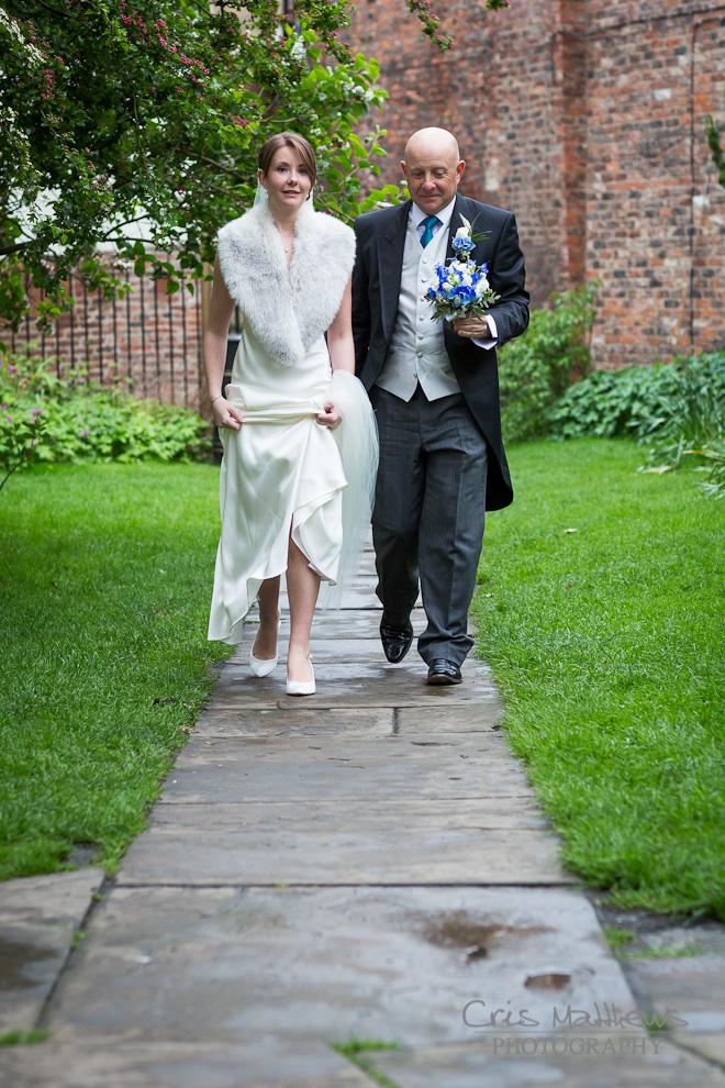Merchant Adventurers' Hall Wedding Photography (13)