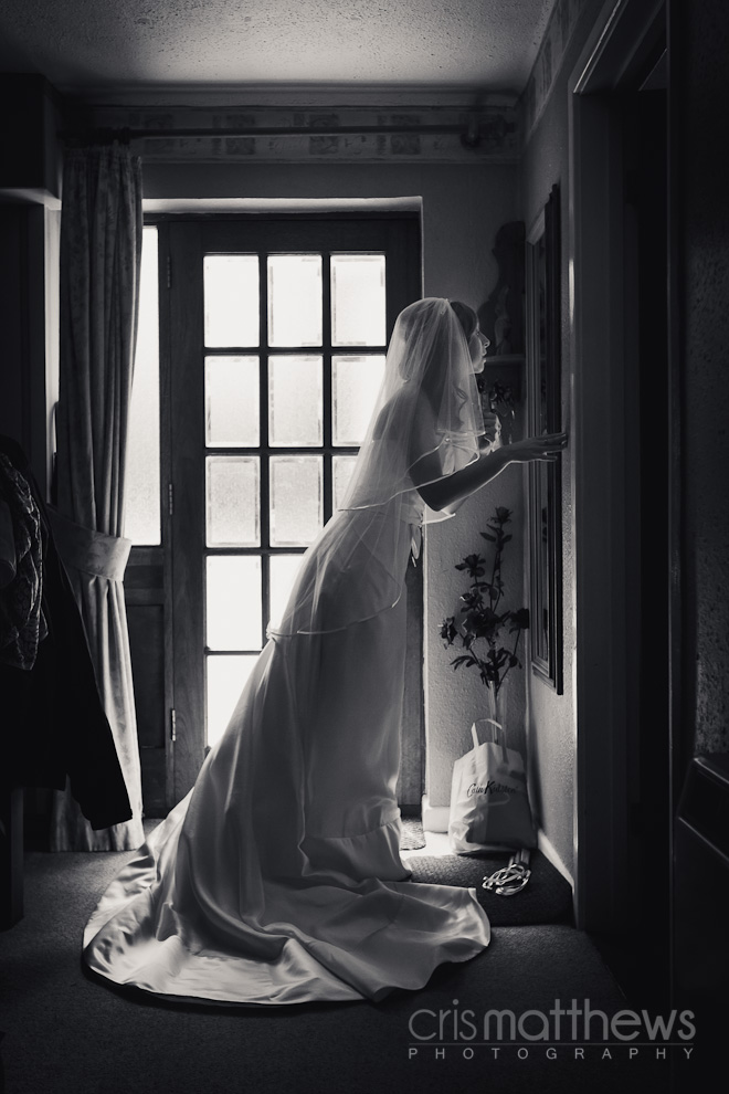 Manor Barn Wedding Photographer (4)