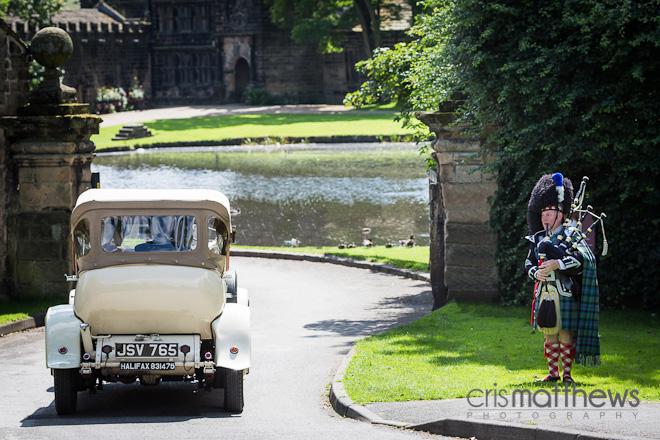 East Riddlesden Hall Wedding Photographer (17)